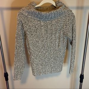 Dress Barn Olive Green & Beige Knit Sweater
